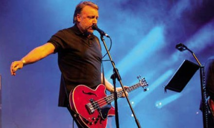 Peter Hook in concerto a Ciampino